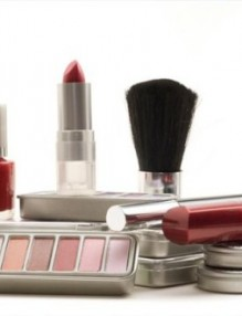 Top 7 Tips To Start A Beauty Supply Business