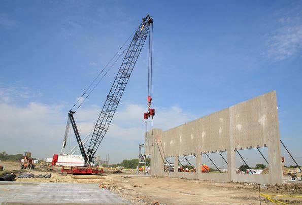 Advantages Of Hiring A Commercial Building Contractor
