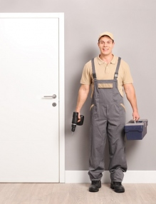 Why You Need A Commercial Locksmith, and How To Choose One